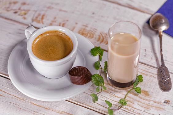 kaffee tisch morgen y2 564