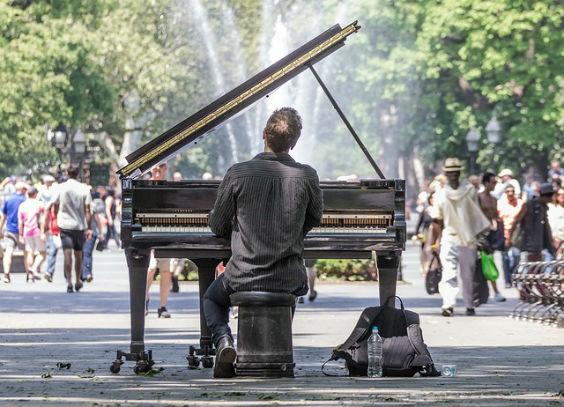piano in manhattan 16 564