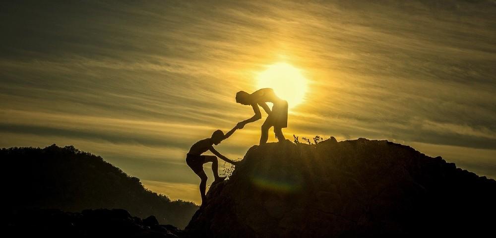 berg gegenseitig helfen 1000