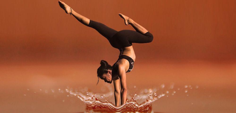 frau fitness yoga 1000