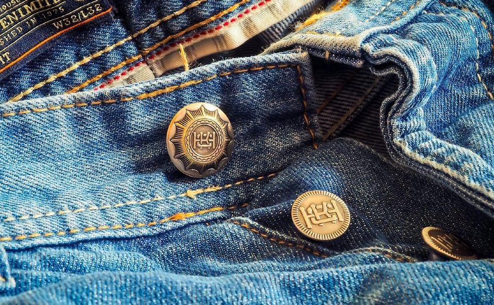 jeans knoepfe liegend 1000