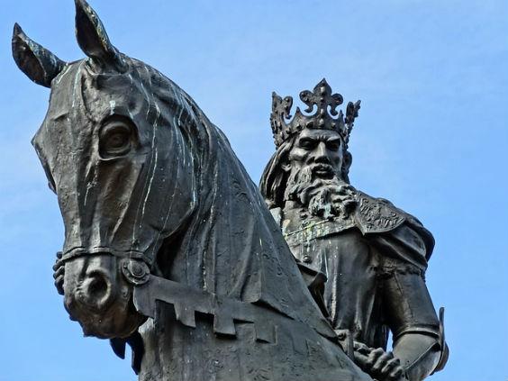 koenig pferd skulptur grau w6 564